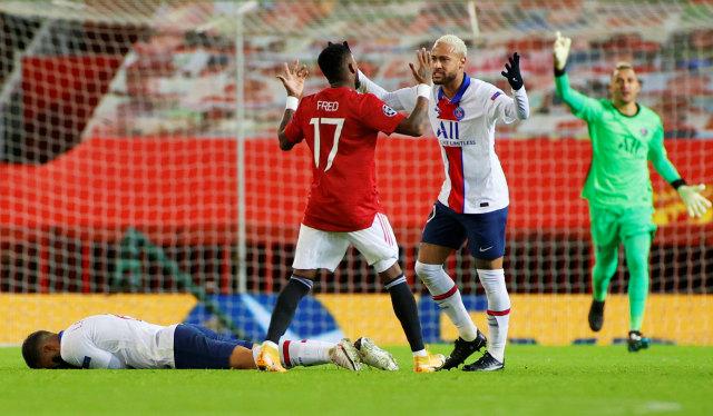 MU vs PSG: Diwarnai Kartu Merah, The Red Devils Keok di Old Trafford (1)