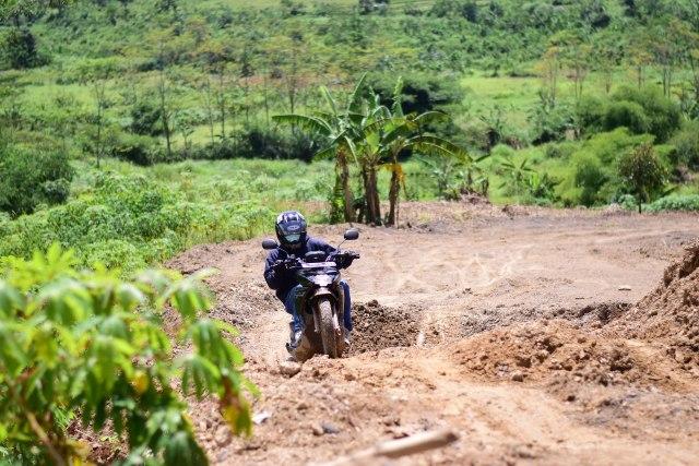 Foto: Menjajal Suzuki Nex Crossover di Aspal dan Habitat Off-Road Ringan (65913)