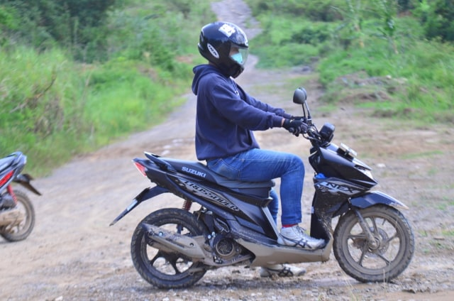 Test Ride Suzuki Nex Crossover, Motor Matik yang Bisa Diajak Main Tanah (142705)