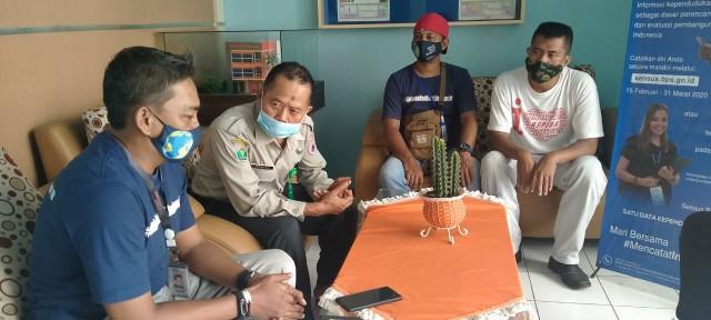 CCFrontier Bagikan Masker di Jawa Timur (315440)