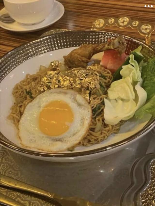 Viral! di Dubai Ada Indomie Sultan Bertabur Emas, Dihargai Rp 500 Ribu per Porsi (141841)