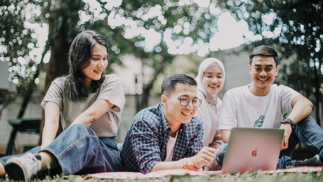 10 Pekerjaan Paling Dicari di 2025,  Wajib Tahu Sekarang demi Karier Masa Depan! (1061548)