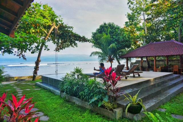 Be Ocean: Berlibur, Menginap, dan Berselancar di Pesisir Barat, Lampung (2254)