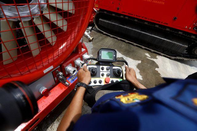 6 Potret Robot Pemadam Kebakaran Seharga Rp40 Miliar Milik Pemda DKI Jakarta (7539)