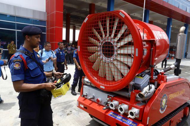 6 Potret Robot Pemadam Kebakaran Seharga Rp40 Miliar Milik Pemda DKI Jakarta (7542)