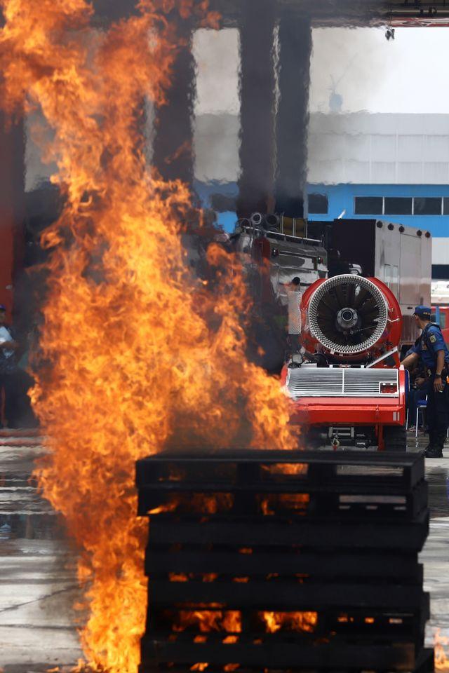 6 Potret Robot Pemadam Kebakaran Seharga Rp40 Miliar Milik Pemda DKI Jakarta (7543)