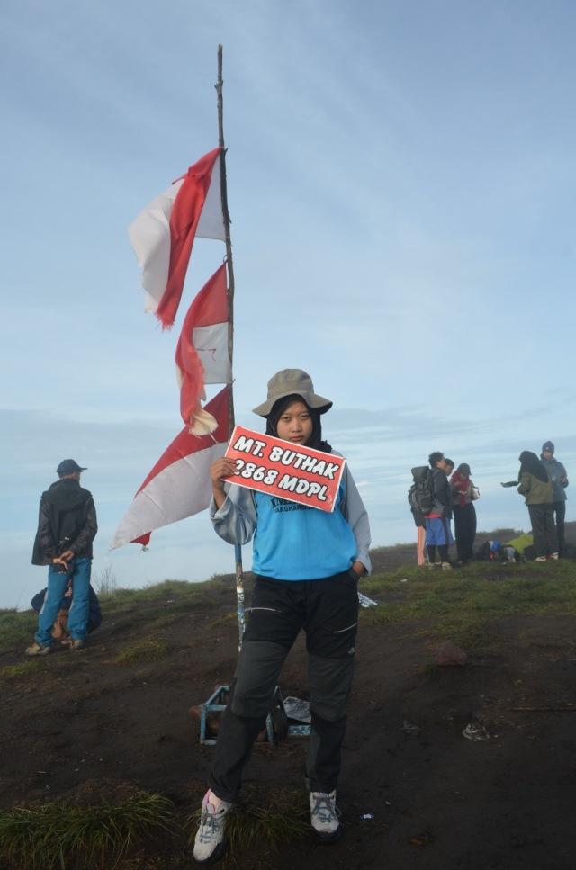 Kisah Tanti Dwi, Mahasiswi yang Jatuh Cinta dengan Puncak Gunung (15004)