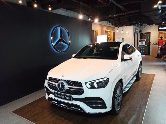 Foto: Lebih Dekat dengan 2 Mercedes-Benz GLE Coupe Terbaru (27258)