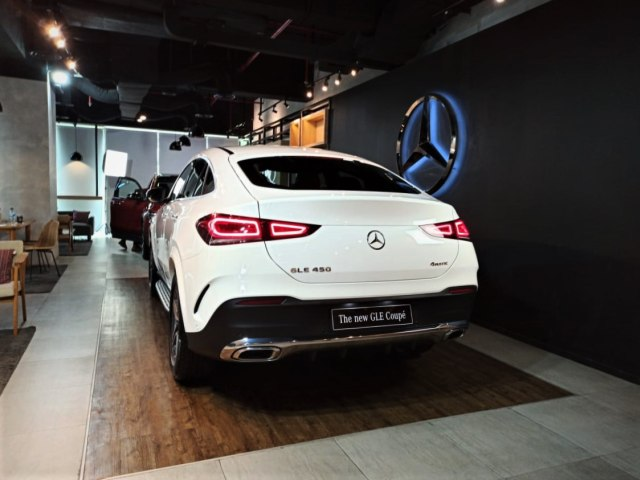Mercedes-Benz GLE Coupe Terbaru Meluncur, Ada Varian AMG (13450)