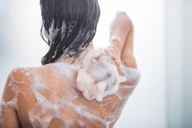 Jangan Sampai Salah, Berikut 4 Tips Pilih Sabun Anti Bakteri (52001)