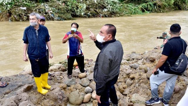 Banjir di Kota Medan, 3 Orang Meninggal dan 3 Hilang  (446)