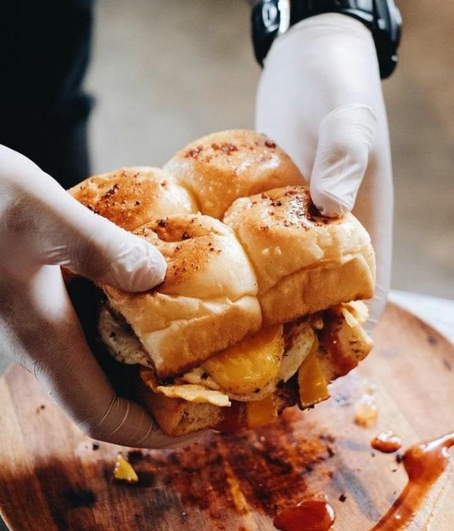 5 Rekomendasi Burger Unik dan Enak di Malang (296296)