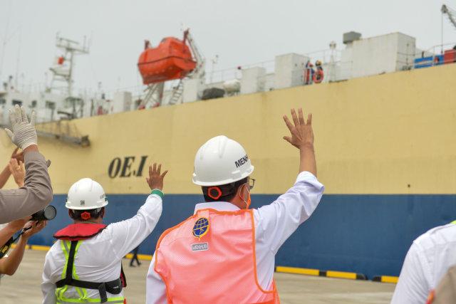 Foto: Menhub Cek Kesiapan Operasional Pelabuhan Patimban di Subang (28293)