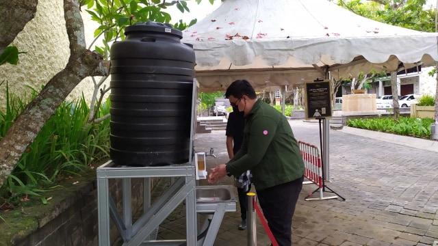 Hari Pertama Dibuka, Ratusan Wisatawan Kunjungi GWK Park di Jimbaran Bali (27137)