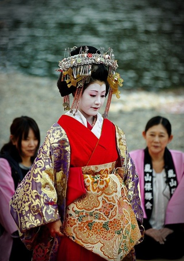 5 Festival dan Tradisi Tak Lazim di Jepang, Termasuk Buang Orang Tua di Hutan (69609)