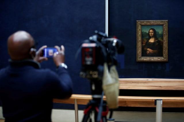 Foto: Museum Louvre di Paris Kembali Ditutup (38088)