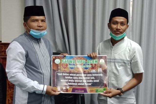100 Stiker Haram Main Game PUBG dan Judi Online Akan Ditempel ke Warkop di Aceh (25559)