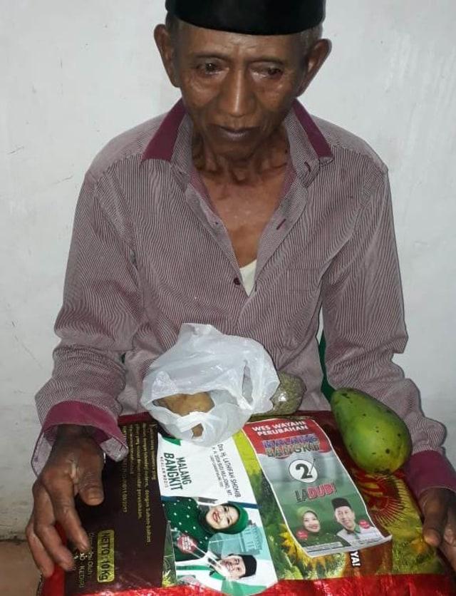 Beredar Foto Bantuan PKH Kabupaten Malang Berstiker Ladub (125835)