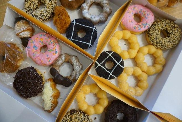 Cabang Pertama di Sumatra, Mister Donut Hadirkan Varian Bentuk Donat yang Unik (6590)