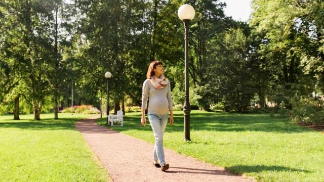 5 Manfaat Jalan Kaki untuk Ibu Hamil (6489)