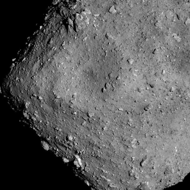 Debu Asteroid yang Bakal Ungkap Asal Usul Kehidupan Bumi Akhirnya Tiba  (14174)