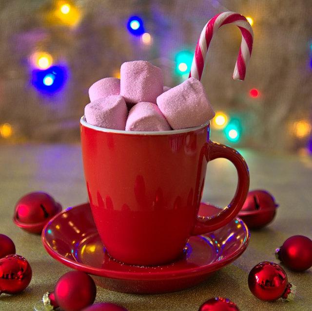 Candy canes, Ornamen Permen Khas Natal yang Jadi Simbolis Keagamaan (247154)