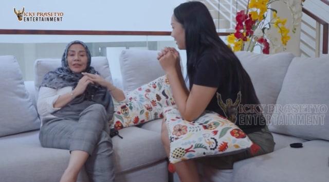 Curhat Kalina Oktarani yang Berulang Kali Minta Restu Ibunda Vicky Prasetyo (24068)
