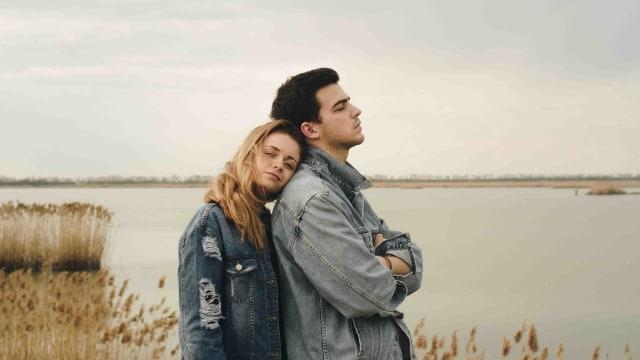 5 Tanda Hubungan Kamu Sudah Sangat Rapuh (90461)