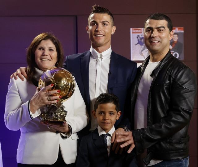 Kakak Cristiano Ronaldo Diselidiki atas Dugaan Penipuan Produksi Jersi Adiknya (20764)