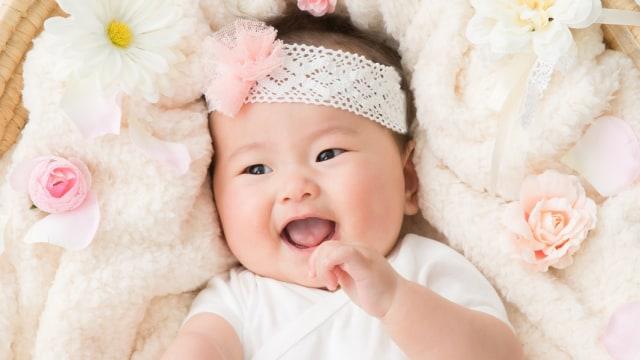 Nama Bayi yang Cocok untuk Si Kecil yang Lahir di Bulan