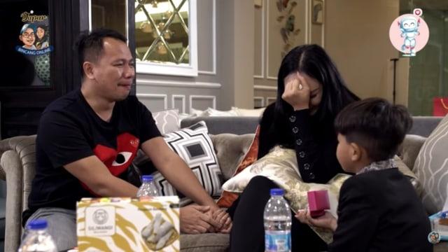 Kalina Terima Lamaran Vicky Prasetyo: Aku Siap Jadi Ibu dari Anak-anak Kamu (44047)