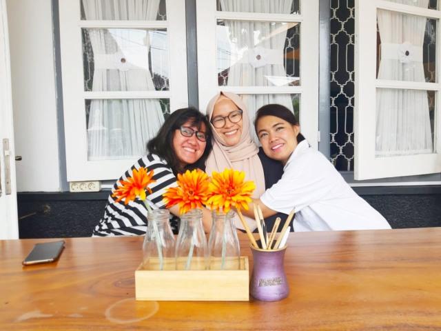 Mengenal Komunitas Perempuan Berkisah: Wadah untuk Bercerita & Berekspresi (13241)