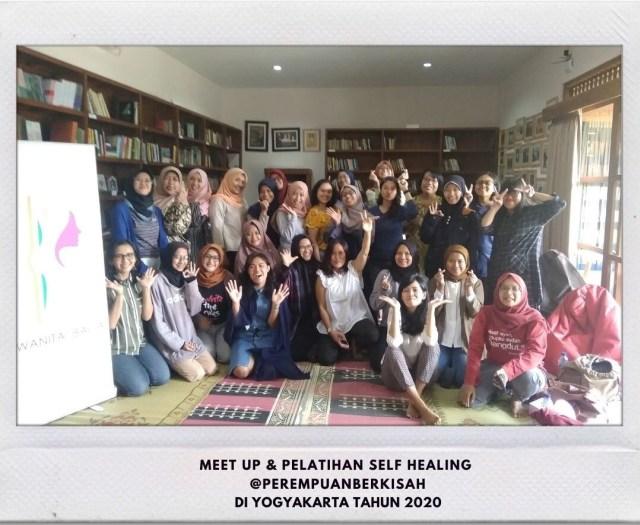 Mengenal Komunitas Perempuan Berkisah: Wadah untuk Bercerita & Berekspresi (13243)