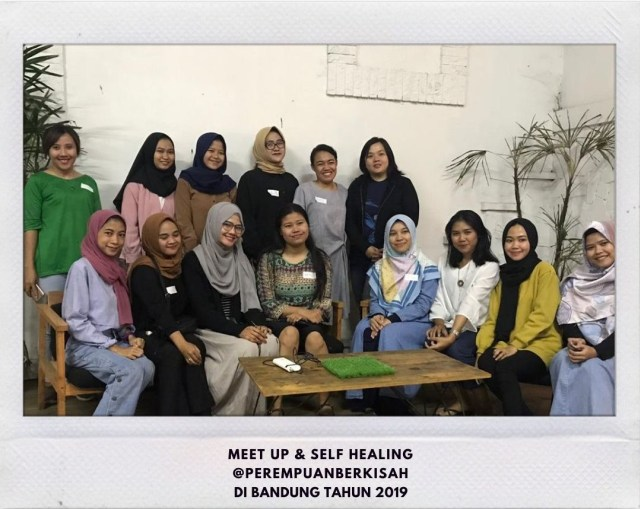 Mengenal Komunitas Perempuan Berkisah: Wadah untuk Bercerita & Berekspresi (13242)