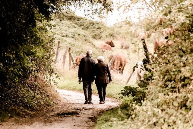 Cara Melepaskan Diri dari Cinta Buta Menurut Psikolog (138306)