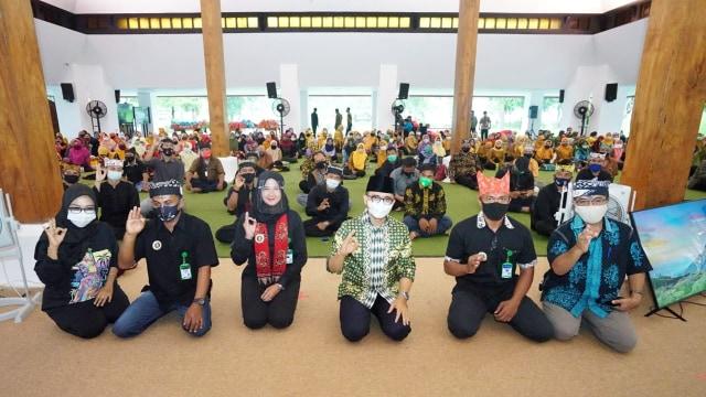 Banyuwangi Terus Galakkan Sertifikat Kompetensi Prokes Bagi Pelaku Wisata (8892)