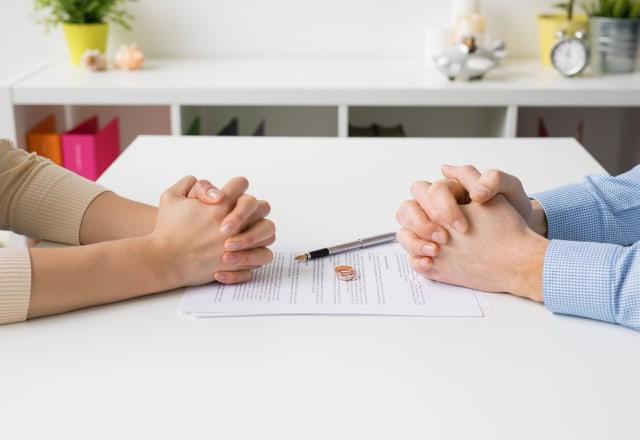 4 Kelebihan Memiliki Pasangan yang Usianya Lebih Tua (49942)