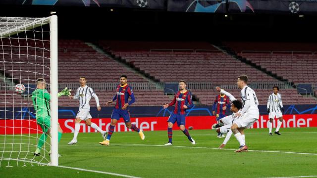 4 Pemain Juventus yang Tampil Bagus saat Tekuk Barcelona di Liga Champions (565541)