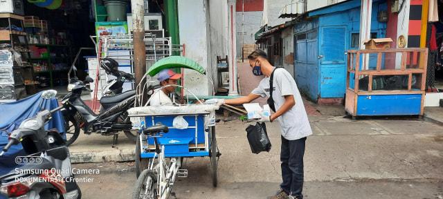 SDK Indra Siswa Bondowoso Gandeng CCF Turun ke Jalan (13211)