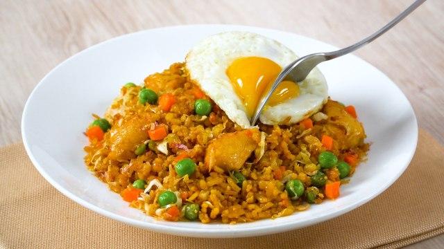 Resep Nasi Goreng Spesial Kacang Polong, Cocok untuk Sarapan! (130300)