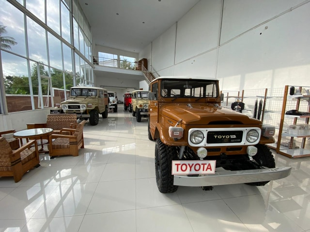 Berita Menarik: Fortuner GR Sport; Suku Cadang Toyota Hardtop Diproduksi Lagi (54044)