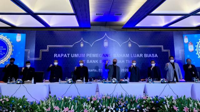 Izin OJK Terbit, Bank Syariah Indonesia Mulai Beroperasi Pekan Depan (75215)