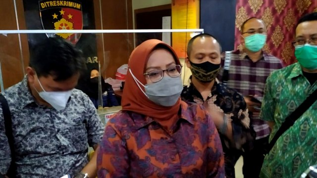 Ade Yasin Akan Bahas Relokasi Warga Terdampak Banjir Bandang Gunung Mas Puncak (119400)