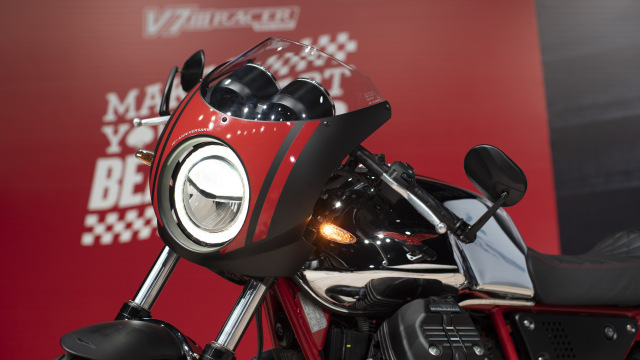 Paling Murah Rp 475 Juta dan Kemas Mesin V-Twin, Moto Guzzi V7 Terbaru Meluncur (46371)