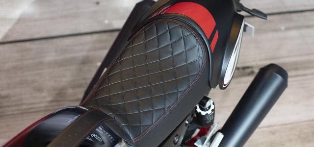 30 Menit Pertama Riding Moge Cafe Racer Moto Guzzi V7 III, Badan Auto Pegal? (22918)