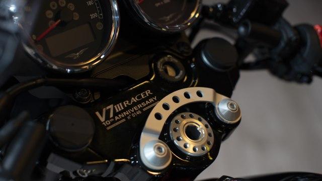 Paling Murah Rp 475 Juta dan Kemas Mesin V-Twin, Moto Guzzi V7 Terbaru Meluncur (46372)