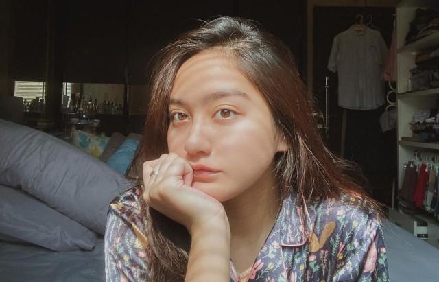 Pesonanya Alami, 7 Potret Salshabilla Adriani Tanpa Makeup (404423)
