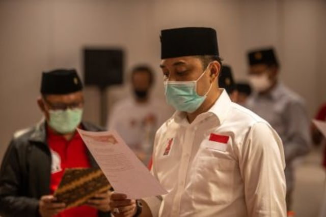 Menang Pemilu, Eri-Armudji Pimpin Kota Surabaya Gantikan Risma (107667)