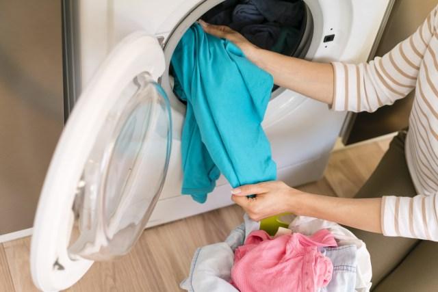 Ketahui Cara Mencuci Handuk yang Benar Agar Terhindar dari Bakteri (40358)