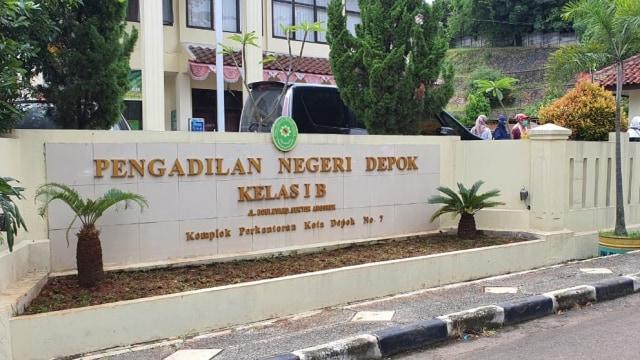 Petinggi KAMI Syahganda Nainggolan Jalani Sidang Perdana di PN Depok (71812)
